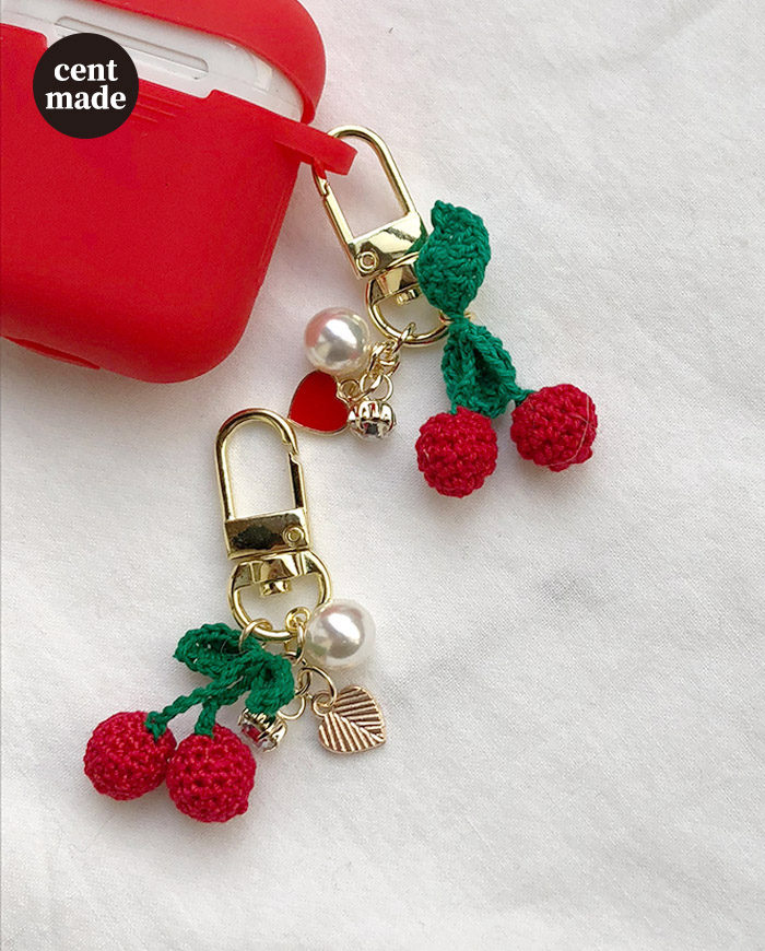 Knit cherry keyring