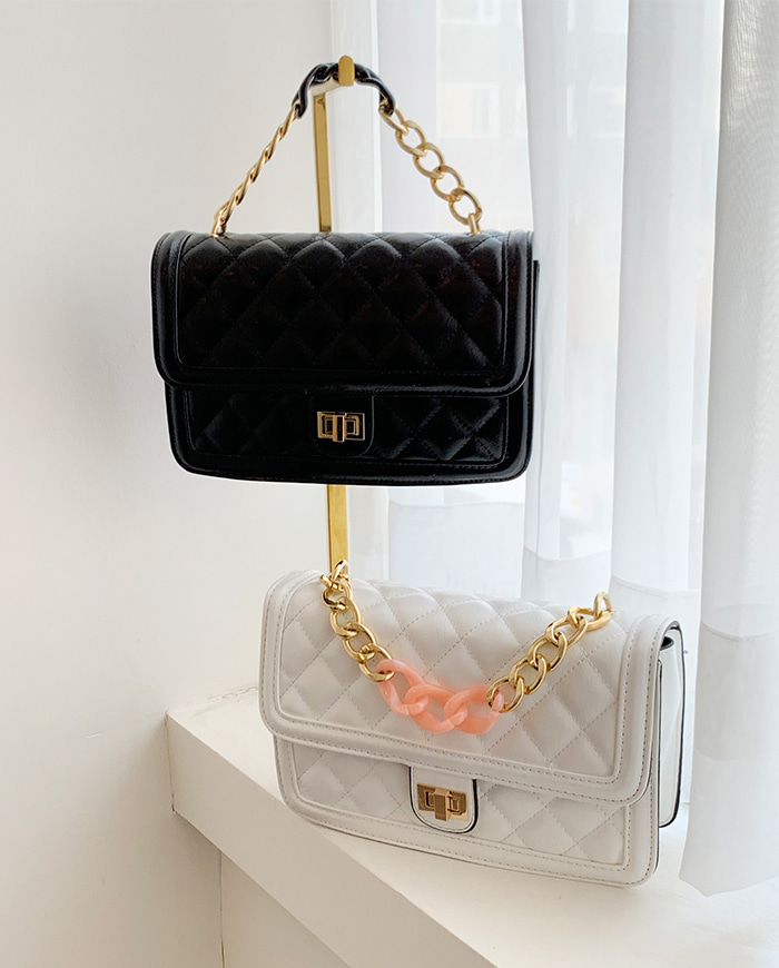 Coco acrylic chain bag 2Color
