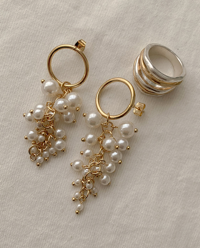 Pearl filled earrings E 22